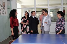 Կոտայքի մարզպետ Ռ. Պետրոսյանն այցելել է Հրազդան քաղաքի   N 13 դպրոց